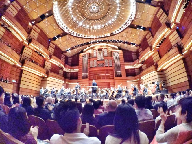 malaysia-kuala-lumpur-concert-beethoven-malaysian-philharmonic-orchestra-and-conductor-gabor-takacs-nagy-and-violin-ray-chen-beethoven-violin-cencerto-in-d-major-op61-a08-great-music