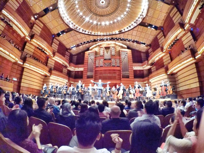 malaysia-kuala-lumpur-concert-beethoven-malaysian-philharmonic-orchestra-and-conductor-gabor-takacs-nagy-and-violin-ray-chen-beethoven-violin-cencerto-in-d-major-op61-a15-great-music