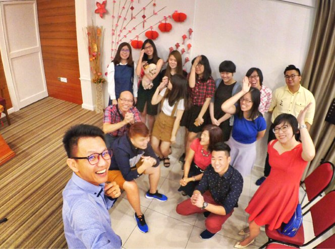 raymond-ong-effye-ang-chinese-new-year-2017-meet-friends-once-a-year-joyce-tan-low-wuan-qi-loh-siew-tin-gereja-joy-soga-joy-church-worship-%e8%8b%8f%e9%9b%85%e5%96%9c%e4%b9%90%e5%a0%82%e6%96%b0