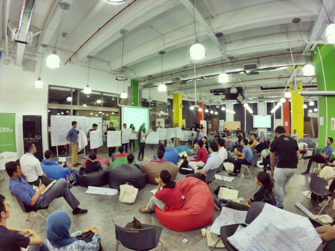 startup-weekend-at-magic-cyberjaya-malaysia-powered-by-google-for-entrepreneurs-social-enterprise-edition-raymond-ong-and-effye-ang-effye-media-online-advertising-a26