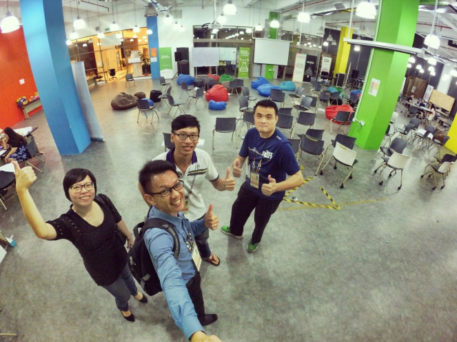 startup-weekend-at-magic-cyberjaya-malaysia-powered-by-google-for-entrepreneurs-social-enterprise-edition-raymond-ong-and-effye-ang-effye-media-online-advertising-a27
