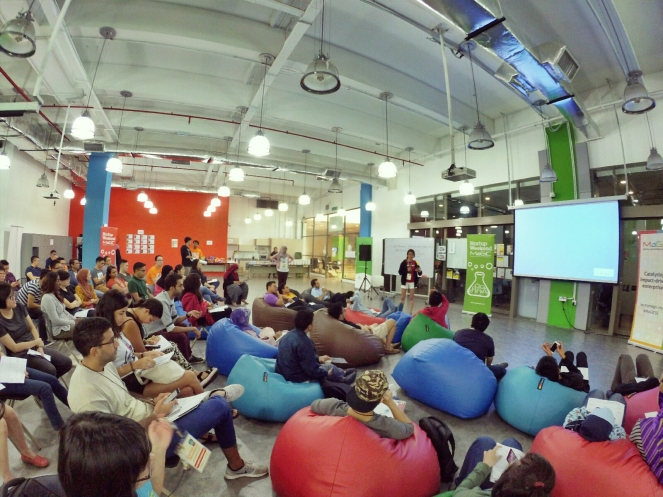 startup-weekend-at-magic-cyberjaya-malaysia-powered-by-google-for-entrepreneurs-social-enterprise-edition-raymond-ong-and-effye-ang-effye-media-online-advertising-a31
