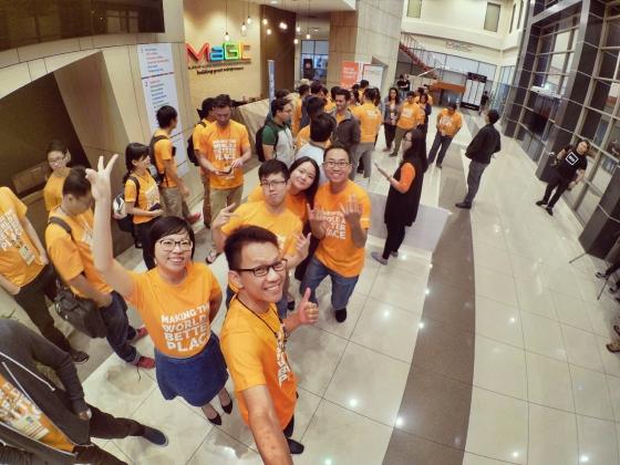 startup-weekend-at-magic-cyberjaya-malaysia-powered-by-google-for-entrepreneurs-social-enterprise-edition-raymond-ong-and-effye-ang-effye-media-online-advertising-a77