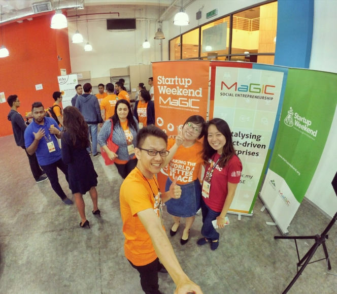 startup-weekend-at-magic-cyberjaya-malaysia-powered-by-google-for-entrepreneurs-social-enterprise-edition-raymond-ong-and-effye-ang-effye-media-online-advertising-a89