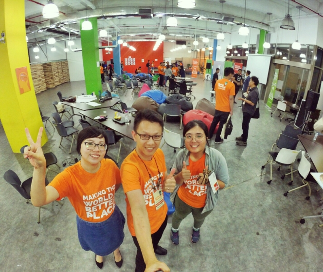 startup-weekend-at-magic-cyberjaya-malaysia-powered-by-google-for-entrepreneurs-social-enterprise-edition-raymond-ong-and-effye-ang-effye-media-online-advertising-a92