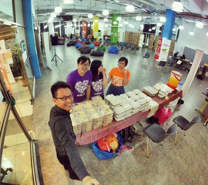 startup-weekend-at-magic-cyberjaya-malaysia-powered-by-google-for-entrepreneurs-social-enterprise-edition-raymond-ong-and-effye-ang-effye-media-online-advertising-b03