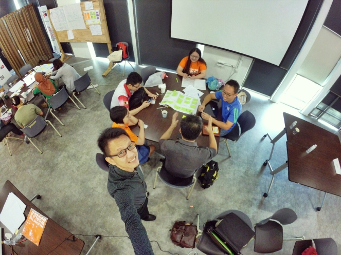startup-weekend-at-magic-cyberjaya-malaysia-powered-by-google-for-entrepreneurs-social-enterprise-edition-raymond-ong-and-effye-ang-effye-media-online-advertising-b11