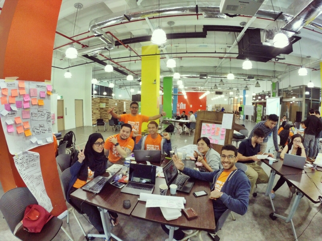 startup-weekend-at-magic-cyberjaya-malaysia-powered-by-google-for-entrepreneurs-social-enterprise-edition-raymond-ong-and-effye-ang-effye-media-online-advertising-b13