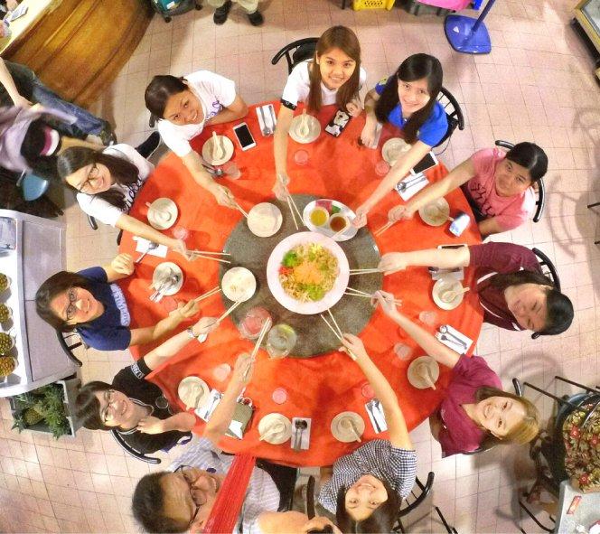 chinese-new-year-2017-malaysia-johor-batu-pahat-family-care-dental-surgery-dental-care-new-year-startup-dinner-at-daddy-village-raymond-ong-effye-ang-effye-media-online-advertising-web-dev-a02