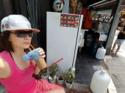 Breakfast on the streets…~ (Nice Burger, Nice Local Coffee Ice) - at【芭东区Patong Beach, Phuket (หาดป่าตอง ภูเก็ต)】街上到处都有嘟嘟车