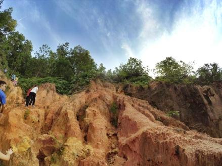 山里的故事 峇株巴辖 龙华山庄 后山 Gunung Puncak Batu Pahat Johor Malaysia Raymond Ong A09