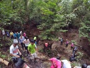 山里的故事 峇株巴辖 龙华山庄 后山 Gunung Puncak Batu Pahat Johor Malaysia Raymond Ong A26