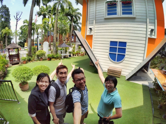 KL Tower Kuala Lumpur Malaysia Selangor Mini Zoo Raymond Ong Effye Anf Ho Koon Kiang Bella Phei Effye Media A32