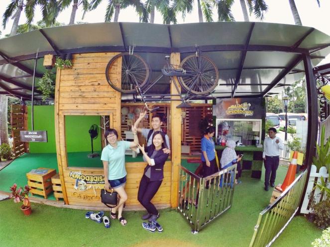 KL Tower Kuala Lumpur Malaysia Selangor Mini Zoo Raymond Ong Effye Anf Ho Koon Kiang Bella Phei Effye Media A33