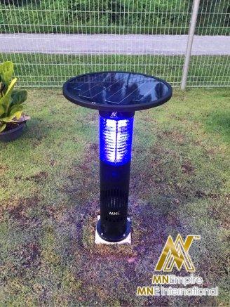 pembunuh nyamuk berkuasa solar untuk luar dan dalam rumah pemasangan percuma alat bunuh nyamuk elektrik 30