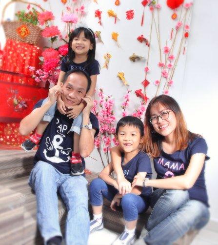 2018年 司提反团契 家庭 全家福 Stephen Ministries Family Group Photo 2018 K C Gan Kim Chai and Grace Teo Cai Xia G01
