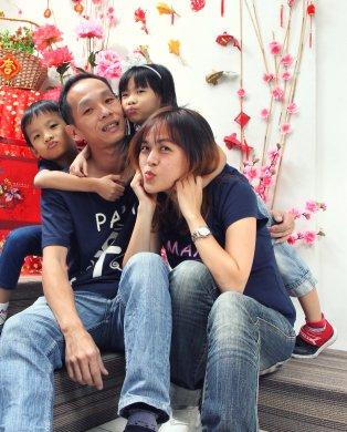 2018年 司提反团契 家庭 全家福 Stephen Ministries Family Group Photo 2018 K C Gan Kim Chai and Grace Teo Cai Xia G12