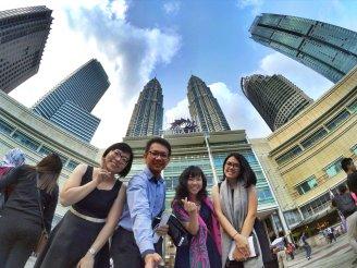 KLCC Kuala Lumpur Malaysia Kuala Lumpur City Centre Selangor Travel Raymond Ong Effye Ang Pinky Ning Estella Oon PETRONAS Twin Towers 马来西亚 吉隆坡 双峰塔 旅游 雪兰莪 A21