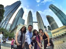 KLCC Kuala Lumpur Malaysia Kuala Lumpur City Centre Selangor Travel Raymond Ong Effye Ang Pinky Ning Estella Oon PETRONAS Twin Towers 马来西亚 吉隆坡 双峰塔 旅游雪兰莪A26