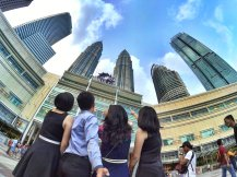 KLCC Kuala Lumpur Malaysia Kuala Lumpur City Centre Selangor Travel Raymond Ong Effye Ang Pinky Ning Estella Oon PETRONAS Twin Towers 马来西亚 吉隆坡 双峰塔 旅游雪兰莪A28