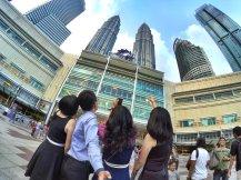 KLCC Kuala Lumpur Malaysia Kuala Lumpur City Centre Selangor Travel Raymond Ong Effye Ang Pinky Ning Estella Oon PETRONAS Twin Towers 马来西亚 吉隆坡 双峰塔 旅游雪兰莪A29