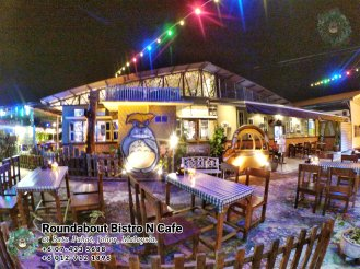 Batu Pahat Roundabout Bistro N Cafe Malaysia Johor Batu Pahat Totoro Cafe Historical Building Cafe Batu Pahat Landmark Buffet Birthday Party Wedding Function Event Kopitiam P01-05