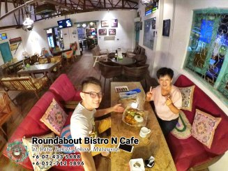 Batu Pahat Roundabout Bistro N Cafe Malaysia Johor Batu Pahat Totoro Cafe Historical Building Cafe Batu Pahat Landmark Buffet Birthday Party Wedding Function Event Kopitiam P01-23