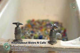 Batu Pahat Roundabout Bistro N Cafe Malaysia Johor Batu Pahat Totoro Cafe Historical Building Cafe Batu Pahat Landmark Buffet Birthday Party Wedding Function Event Kopitiam P01-26