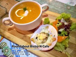 Batu Pahat Roundabout Bistro N Cafe Malaysia Johor Batu Pahat Totoro Cafe Historical Building Cafe Batu Pahat Landmark Buffet Birthday Party Wedding Function Event Kopitiam PB01-09