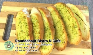 Batu Pahat Roundabout Bistro N Cafe Malaysia Johor Batu Pahat Totoro Cafe Historical Building Cafe Batu Pahat Landmark Buffet Birthday Party Wedding Function Event Kopitiam PB01-14