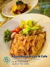 Batu Pahat Roundabout Bistro N Cafe Malaysia Johor Batu Pahat Totoro Kafe Bangunan Bersejarah Kafe Batu Pahat Landmark Bufet Hari Lahir Parti Perkahwinan Acara Kopitiam PB01-10