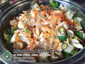 Bufet Batu Pahat Roundabout Bistro N Cafe Malaysia Johor Batu Pahat Totoro Kafe Bangunan Bersejarah Kafe Batu Pahat Landmark Hari Lahir Parti Perkahwinan Acara Kopitiam PC01-13