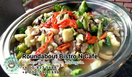 Bufet Batu Pahat Roundabout Bistro N Cafe Malaysia Johor Batu Pahat Totoro Kafe Bangunan Bersejarah Kafe Batu Pahat Landmark Hari Lahir Parti Perkahwinan Acara Kopitiam PC01-38