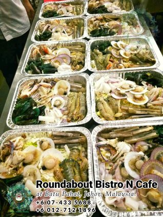 Buffet Batu Pahat Roundabout Bistro N Cafe Malaysia Johor Batu Pahat Totoro Cafe Historical Building Cafe Batu Pahat Landmark Birthday Party Wedding Function Event Kopitiam PC01-20