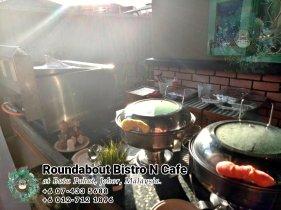 峇株巴辖自助餐龙猫特色中西餐厅 复古式建筑咖啡厅 马来西亚柔佛峇株巴辖地标交通圈小酒馆 公司聚会 Batu Pahat Roudabout Bistro N Cafe PC01-22