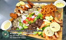 峇株巴辖自助餐龙猫特色中西餐厅 复古式建筑咖啡厅 马来西亚柔佛峇株巴辖地标交通圈小酒馆 公司聚会 Batu Pahat Roudabout Bistro N Cafe PC01-45