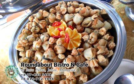 峇株巴辖自助餐龙猫特色中西餐厅 复古式建筑咖啡厅 马来西亚柔佛峇株巴辖地标交通圈小酒馆 公司聚会 Batu Pahat Roudabout Bistro N Cafe PC01-48