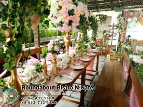 峇株巴辖自助餐龙猫特色中西餐厅 复古式建筑咖啡厅 马来西亚柔佛峇株巴辖地标交通圈小酒馆 公司聚会 Batu Pahat Roudabout Bistro N Cafe PC01-09