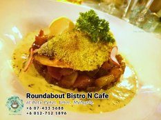 马来西亚柔佛峇株巴辖龙猫特色中西餐厅 复古式建筑咖啡厅 峇株巴辖地标交通圈小酒馆 公司聚会 庆生派对 Batu Pahat Roudabout Bistro N Cafe PB01-12