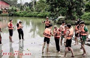 和平团契少年生活营 2018 你是谁 认识你自己 Peace Fellowship Youth Camp 2018 Who Are You Know Yourself Adventure Park Water Confidence A02
