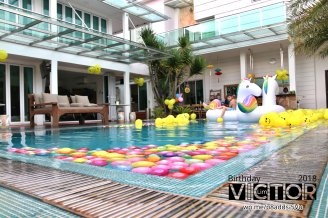 Victor Lim Birthday 2018 in Malaysia Party Buffet Swimming Fun A04