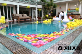 Victor Lim Birthday 2018 in Malaysia Party Buffet Swimming Fun A10