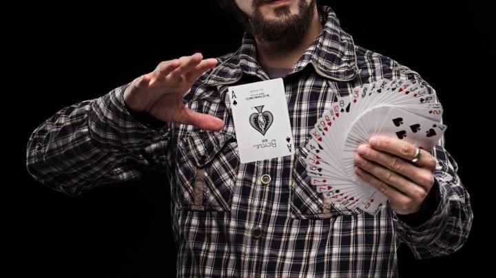纸币 和 钱币 魔术 入门