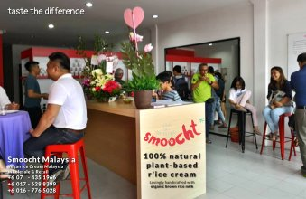 Smoocth Malaysia Vegan Ice Cream Malaysia at Batu Pahat Johor Malaysia Dessert Wholesale Ice Cream and Retail Ice Cream Plant-Based Products Taste The Different of Rice Cream B01-011
