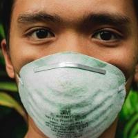 从中国朋友那里要来的一些视频-中国对抗武汉肺炎疫情在中国区域的一些录影
